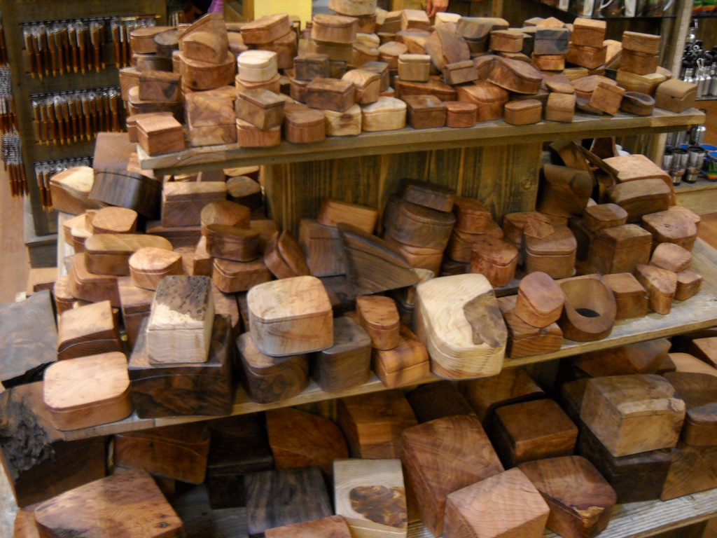 Redwood burl boxes sold at the Muir Woods gift shop. Photo: Austin, Flickr.